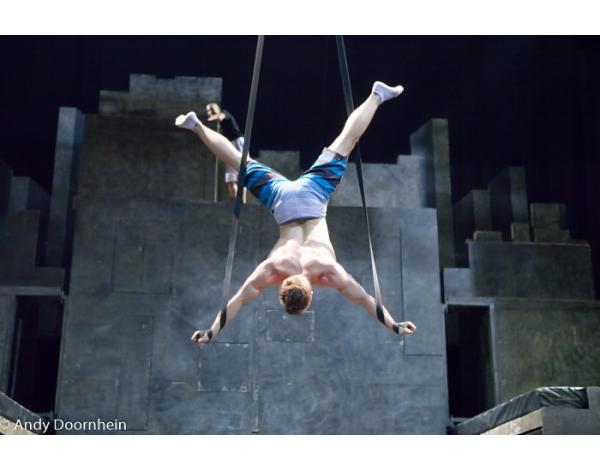 Cirque_Eloize_foto_Andy_Doornhein-1931
