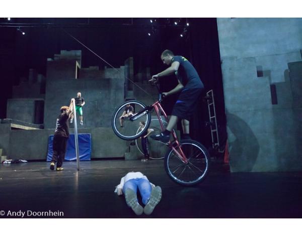 Cirque_Eloize_foto_Andy_Doornhein-2182