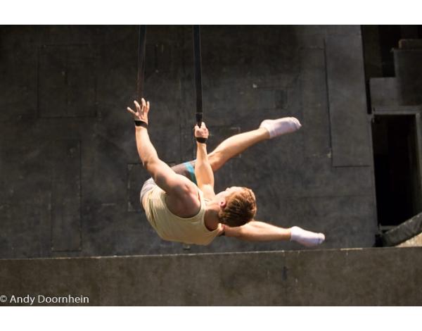 Cirque_Eloize_foto_Andy_Doornhein-6117