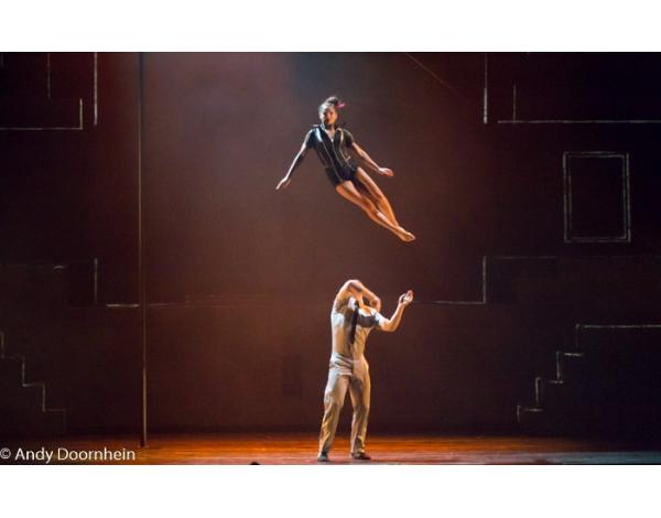 Cirque_Eloize_foto_Andy_Doornhein-7182