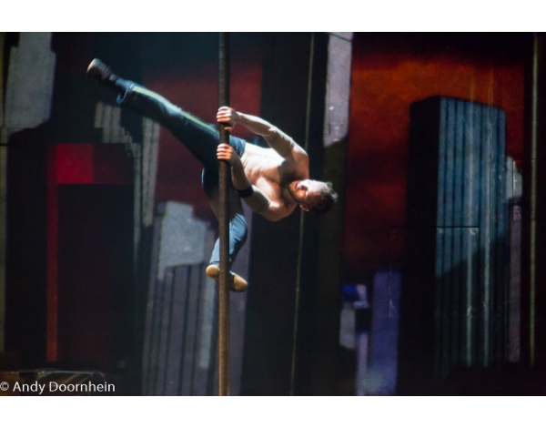 Cirque_Eloize_foto_Andy_Doornhein-7477