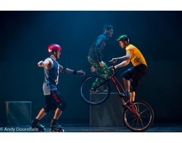 Cirque_Eloize_foto_Andy_Doornhein-7575