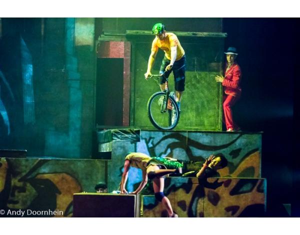 Cirque_Eloize_foto_Andy_Doornhein-7773