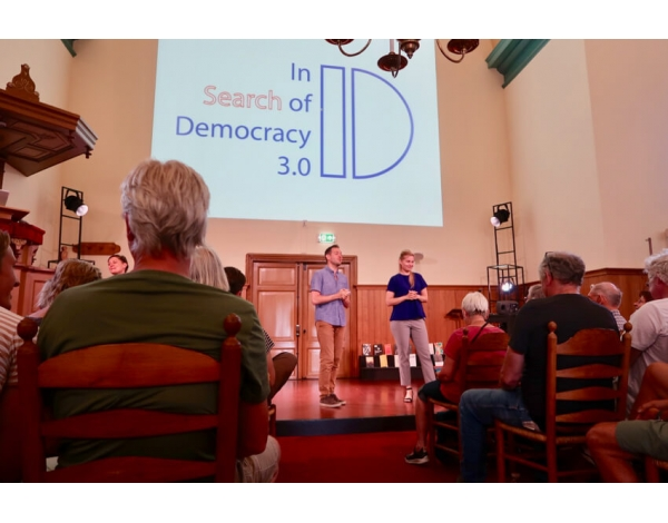 In-search-of-democracy_foto-Mieke-Kreunen-2852