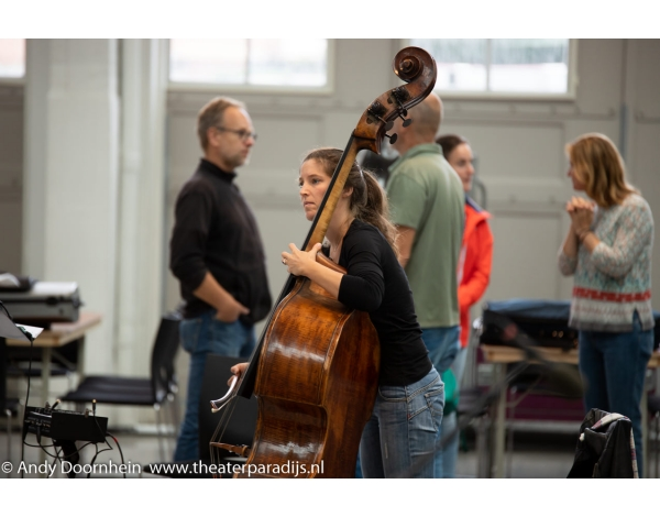 Musical-sinn-a-long-uitmarkt-2018-repetities_foto-Andy-Doornhein-1002
