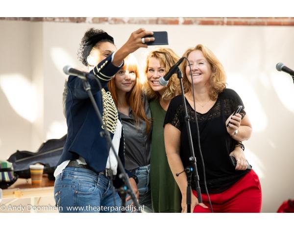 Musical-sinn-a-long-uitmarkt-2018-repetities_foto-Andy-Doornhein-1017