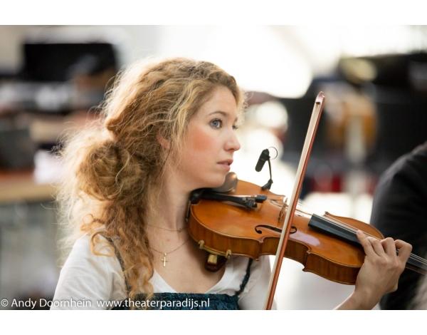Musical-sinn-a-long-uitmarkt-2018-repetities_foto-Andy-Doornhein-1021