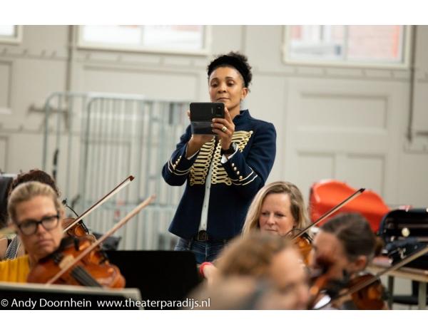 Musical-sinn-a-long-uitmarkt-2018-repetities_foto-Andy-Doornhein-1028