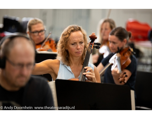 Musical-sinn-a-long-uitmarkt-2018-repetities_foto-Andy-Doornhein-1046