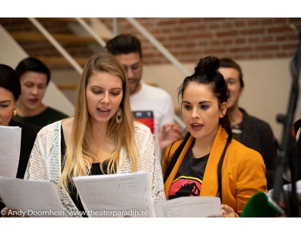 Musical-sinn-a-long-uitmarkt-2018-repetities_foto-Andy-Doornhein-1047