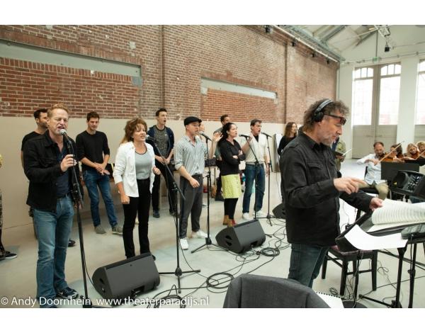 Musical-sinn-a-long-uitmarkt-2018-repetities_foto-Andy-Doornhein-1066