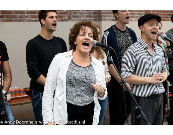 Musical-sinn-a-long-uitmarkt-2018-repetities_foto-Andy-Doornhein-1077