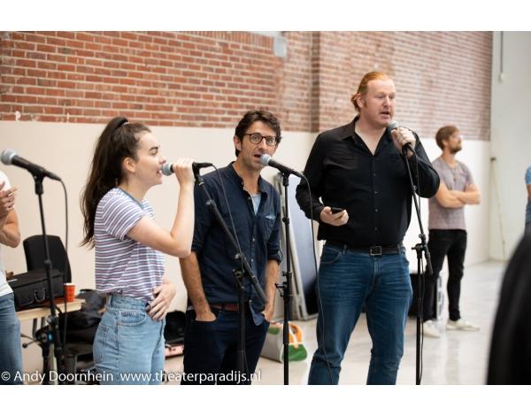 Musical-sinn-a-long-uitmarkt-2018-repetities_foto-Andy-Doornhein-1089