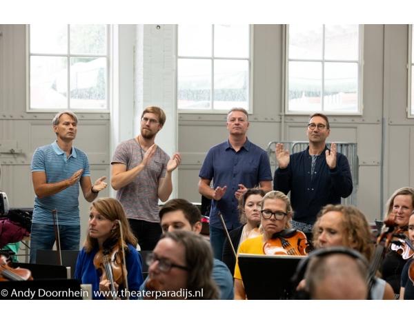Musical-sinn-a-long-uitmarkt-2018-repetities_foto-Andy-Doornhein-1093