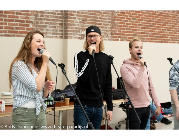 Musical-sinn-a-long-uitmarkt-2018-repetities_foto-Andy-Doornhein-1103
