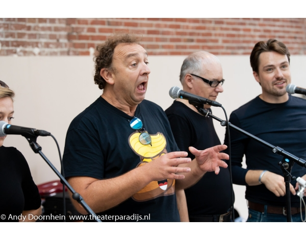 Musical-sinn-a-long-uitmarkt-2018-repetities_foto-Andy-Doornhein-1117