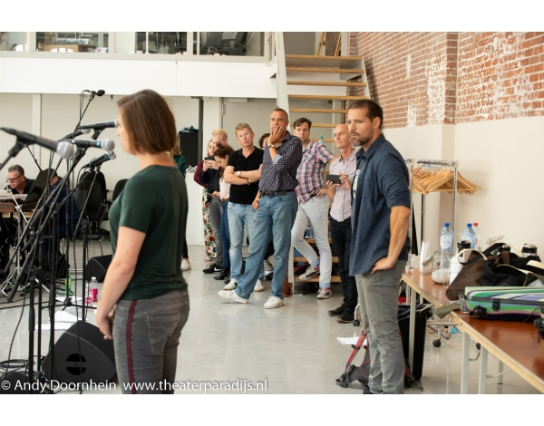 Musical-sinn-a-long-uitmarkt-2018-repetities_foto-Andy-Doornhein-1178