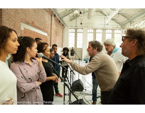Musical-sinn-a-long-uitmarkt-2018-repetities_foto-Andy-Doornhein-1194