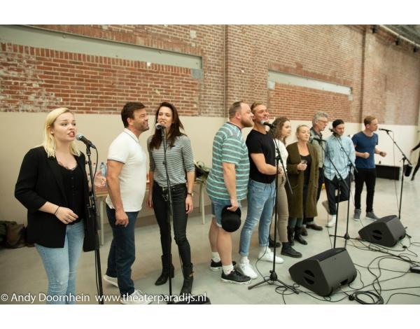 Musical-sinn-a-long-uitmarkt-2018-repetities_foto-Andy-Doornhein-1220