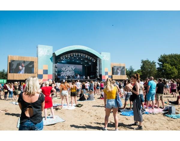 Strandfestival_Zand_Almere_22-08-2019k_Gwendolyne-2787