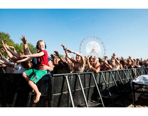 Strandfestival_Zand_Almere_22-08-2019k_Gwendolyne-2844