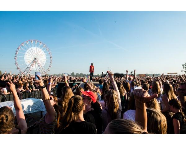 Strandfestival_Zand_Almere_22-08-2019k_Gwendolyne-2858