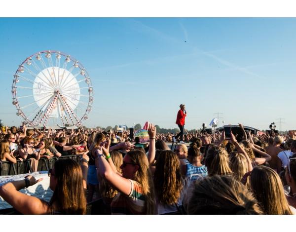 Strandfestival_Zand_Almere_22-08-2019k_Gwendolyne-2861