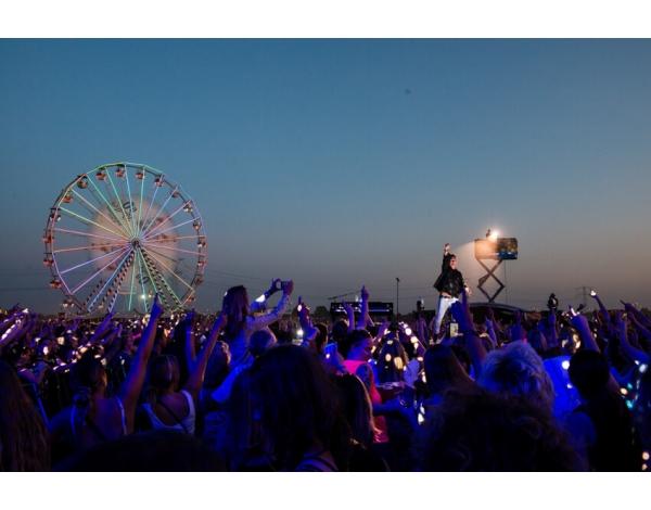 Strandfestival_Zand_Almere_22-08-2019k_Gwendolyne-2872